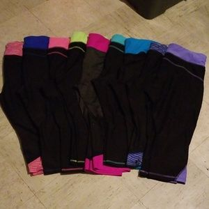Lot of Xersion fitted workout capris